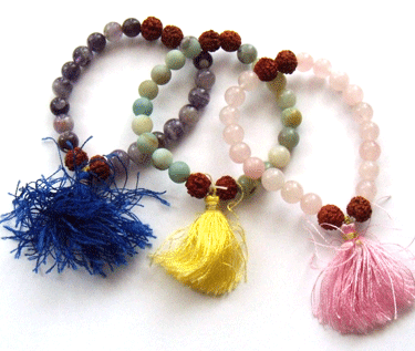 Bead Stringing With Stretchy Cord