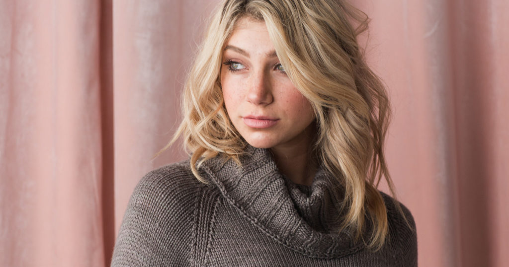 Cosseted Pullover
