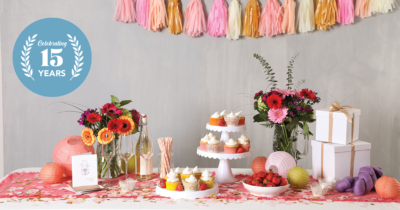 crochet themed party desserts flowers cupcakes banners