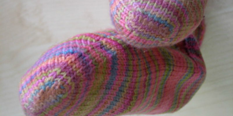 Learn about different finishing techniques other than the kitchener stitch for knitted socks.