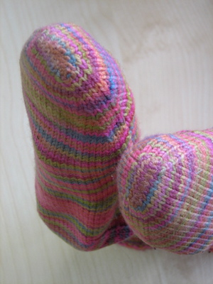 Learn how to finish knitted socks without using the kitchener stitch in this exclusive knitting techniques article from Interweave.