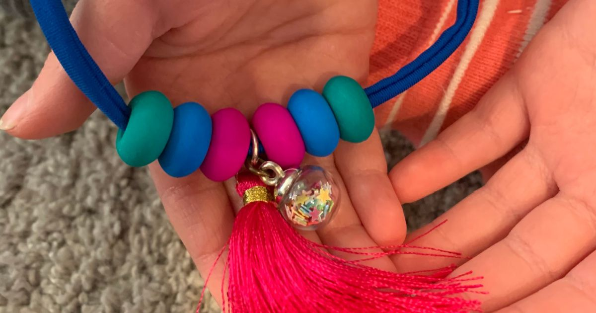 virtual crafting necklace for kids